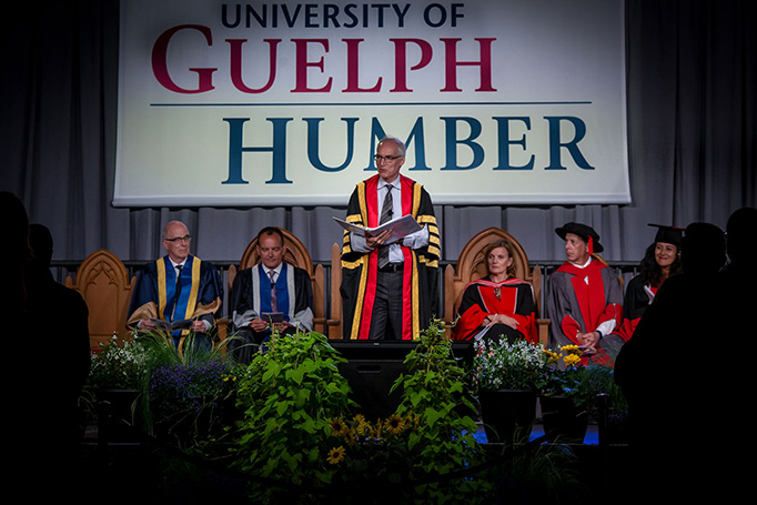 Convocation 2018 - UofGH Sign